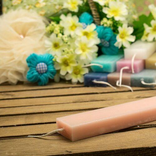 Λαμπάδα αρωματική ξυστή πλακέ 30cm. ροζ (σανδαλόξυλο)